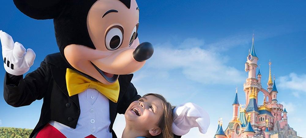 Séjours à Disneyland Paris avec Carrefour Voyages